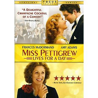 Miss Pettigrew Lives for a Day [DVD] USA import