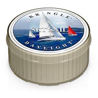 Kringle Set Sail Daylight Candle