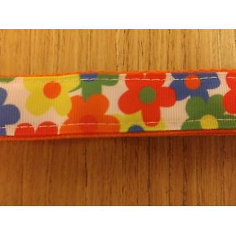 Krage / Stor / Medium / Flerfargede blomster på oransje