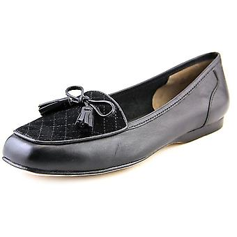 ARRAY Womens lizzy Leather Closed Toe Loafers