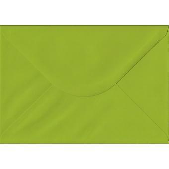 Verse groene gegomd C5/A5 gekleurde groene enveloppen. 100gsm FSC duurzaam papier. 162 mm x 229 mm. bankier stijl envelop.