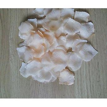 Ruusun terälehtien keinotekoinen suosia keskipisteitä häihin, koristeet