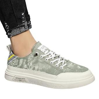 Canvas Sneakers Breathable Thin All-match Casual Shoes Men