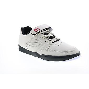 ES Adult Mens Accel Slim Plus Skate Inspired Sneakers
