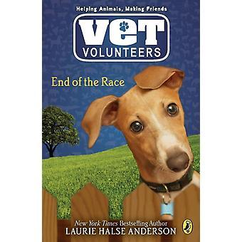 نهاية السباق 12 من قبل لوري هالسي أندرسون