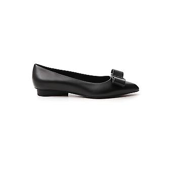 Salvatore Ferragamo 01r252730595 Women's Black Leather Flats