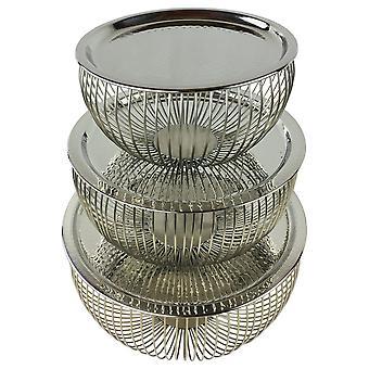 Uppsättning av 3 silverskålar med plåttoppar