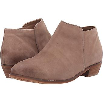 SoftWalk Womens rocklin Closed Toe Ankle Cowboy Boots