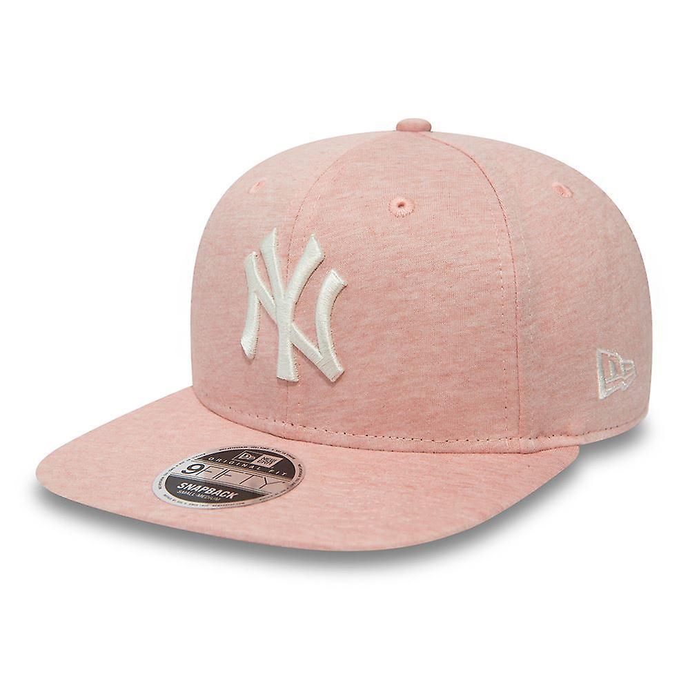 New Era Jersey Brights 9Fifty Snapback Cap ~ New York Yankees pink