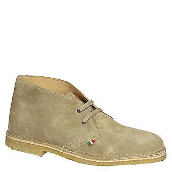 Désert d'hommes, bottes en cuir suédé beige fait main