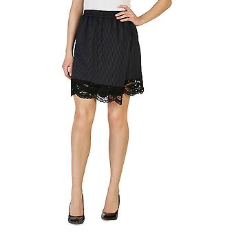 Pinko Original Women All Year Short - Black Color 31014