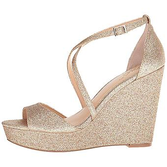 Jewel Badgley Mischka Women's Averie Gold 9.5 M US