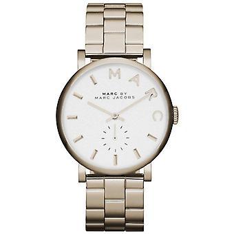Marc Jacobs MBM3243 Quartz avec écran analogique à cadran blanc et montre bracelet en acier inoxydable or Pour dames