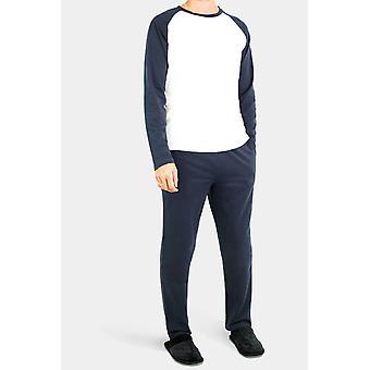 Pyžamová souprava s dlouhými rukávy vystřiženými rovně