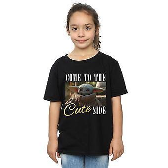Star Wars Girls The Mandalorian tulee söpö sivu t-paita