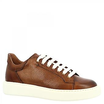 Leonardo Shoes Men's handmade round toe fashion sneakers shoes in brandy calf leather with white sole