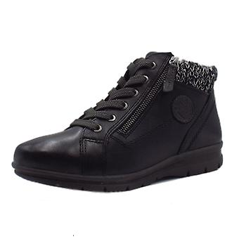 JAN 26205 Darwin Wide Fit Lace-up Ankle Boot In Black
