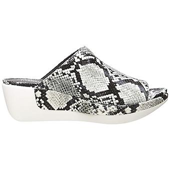 Kenneth Cole New York Women's Pepea Slide Sandal