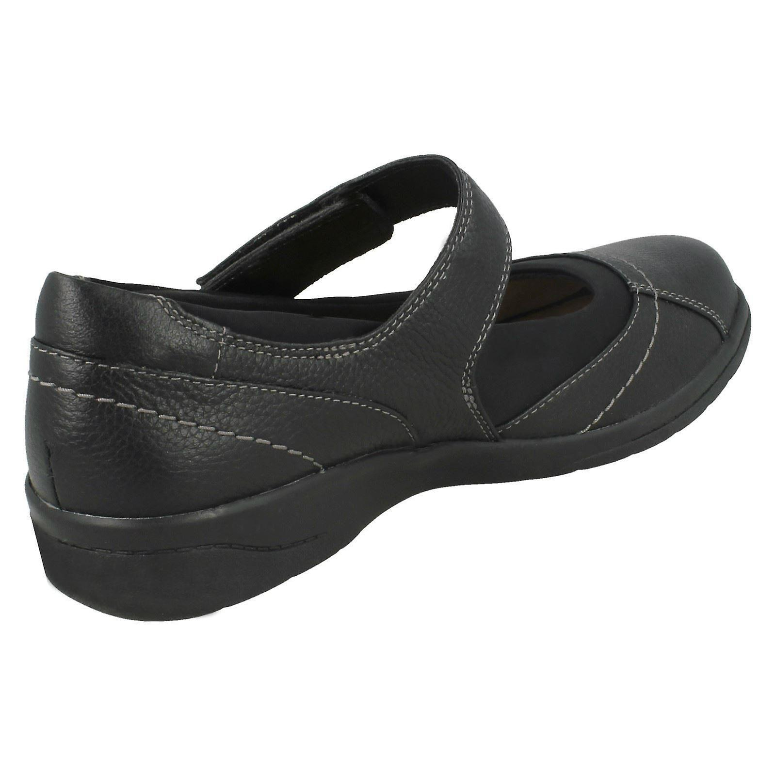 Ladies Clarks Casual Shoes Cheyn Web