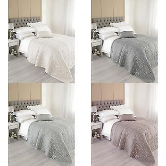 Riva Home Nimes Silk Bedspread