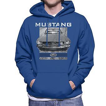 Ford Mustang Hood Close Up Men's Hooded Sweatshirt