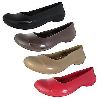 Crocs Mujer Gianna Flat Patent Overlay Shoes