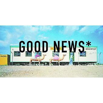 Dobré zprávy Vždy čtěte drobný tisk podle fotografií Jordiho Bernarda