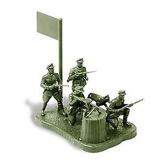 Zvezda 1/72 Soviet Frontier Guards 1941 # 6144
