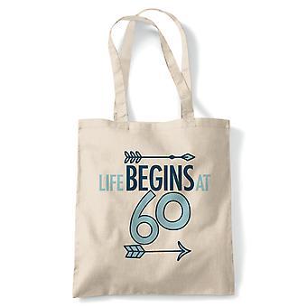 Livet begynner på 60 tote | Happy Birthday feiring Party får eldre | Gjenbrukbare shopping Cotton Canvas Long håndtert Natural shopper miljøvennlig mote