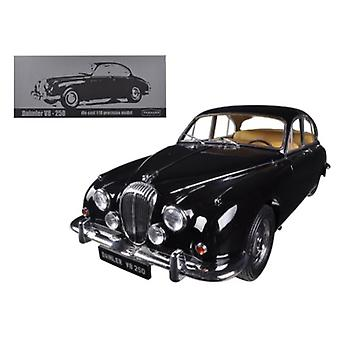 1967 Daimler V8-250 Black Limited à 3000pc 1/18 Diecast Car Model par Paragon