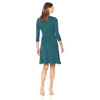 Lark & Ro Women's Three Quarter Sleeve Knit Fit en Flare Dress, Spruce Green, Medium