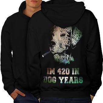 42 koirien vuotta ruohoa miesten BlackHoodie takaisin | Wellcoda