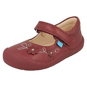 Kızlar Startrite Çiçek Tasarım Casual Ayakkabı Flex