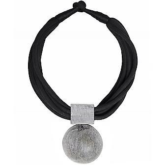 Nouv-Elle Moonstone Necklace
