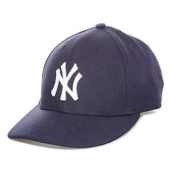 New Era Mens New York Yankees 59FIFTY Cap dans la marine