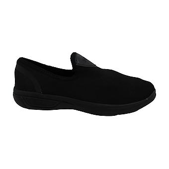 Kenneth Cole REACTION The Ready Knit Slip On Jogger Sneaker