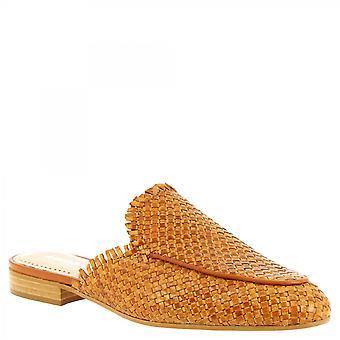 Leonardo Scarpe Donne's sfatti fatti a mano sandali a muli bassi in pelle di vitello intrecciato di abbronzatura