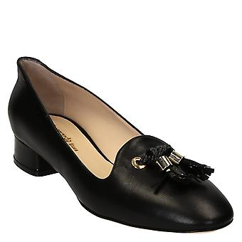 Handmade black soft leather low heels pumps shoes