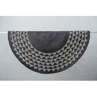 White Triangle Mat | 4' Round | Black Base