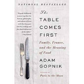Le tableau vient en premier: Famille, France et la signification de la nourriture (Vintage)