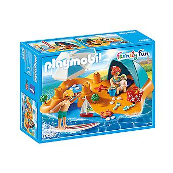 Playmobil 9425 Family Fun Family at the Beach Playset