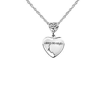 Celtic Holy Trinity Knot Embossed gaélique 'apos;Alba An Aigh'apos; - 'apos;Scotland The Brave'apos; Love Heart Shaped Necklace Pendant - Inclut A 16'quot; Silver Chain