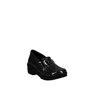 Easy Works By Easy Street   Leeza Slip On Clogs