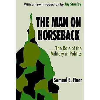 乗馬政治の軍の役割に人によって細かい・ サミュエル ・ e.