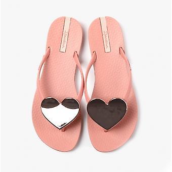 Ipanema Maxi Heart 21 Ladies Flip Flops Pink