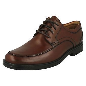Mens Clarks formella spets upp skor FN Aldric Park