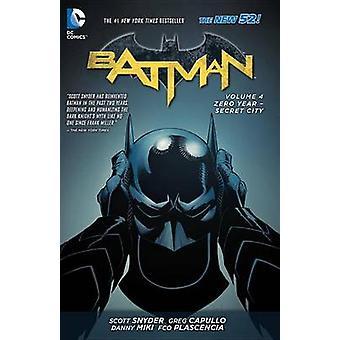 Batman By Scott Snyder  Greg Capullo Box Set 2 by Scott Snyder