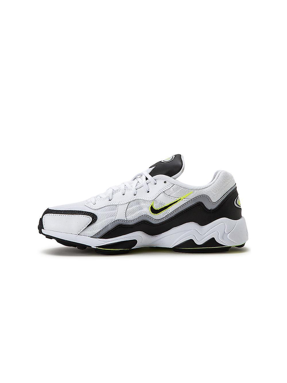 Nike Ezcr004024 Men's White/black Fabric Sneakers