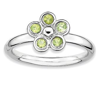 925 Sterling Silver Bezel Polished Rhodium-plated Stackable Expressions Peridot Flower Ring - Ring Size: 6 to 7