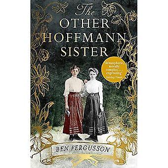 De andere zus van Hoffmann